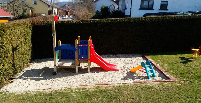 Spielplatz Grashüpfer